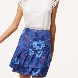 4/$25 Loft Blue Floral two tiered ruffle skirt